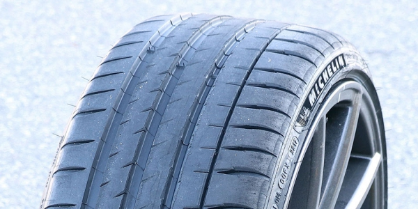 Michelin Pilot Sport 4S autoband