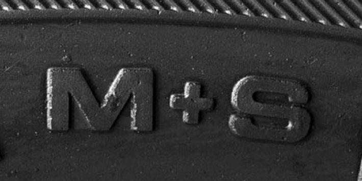 Wat betekent de M+S markering op een autoband?