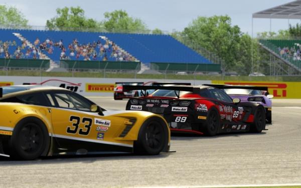 Trans AM door Pirelli E-sports: racen via een autosimulator