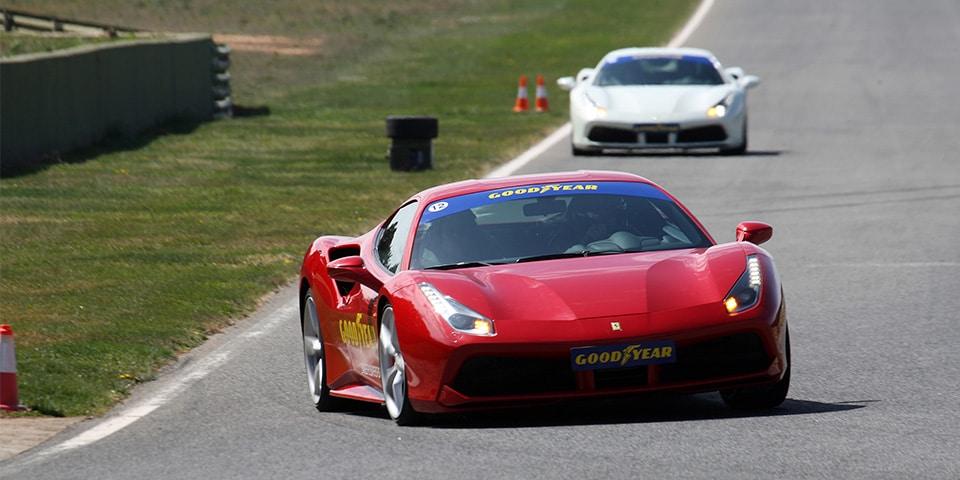 Goodyear Eagle F1 Supersport test Ferrari